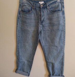 👖NWT BlueAsphalt by Wet Seal Cropped Denim Jeans